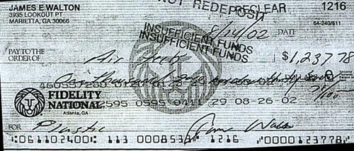 ya' saw his bounced check