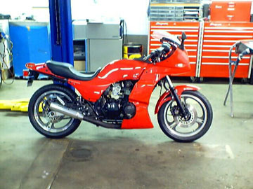 KAWASAKI GPZ 750 1983-84, ZX 750, fairing, fairings, tail, seat, front fender, rear hugger, upper, lower, bellypan, fuel tank, undertail, air box, ...